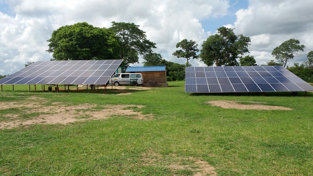 Solar Mini Grids Are Expected To Scale Rapidly In Africa And Asia Solar Africa Green Building
