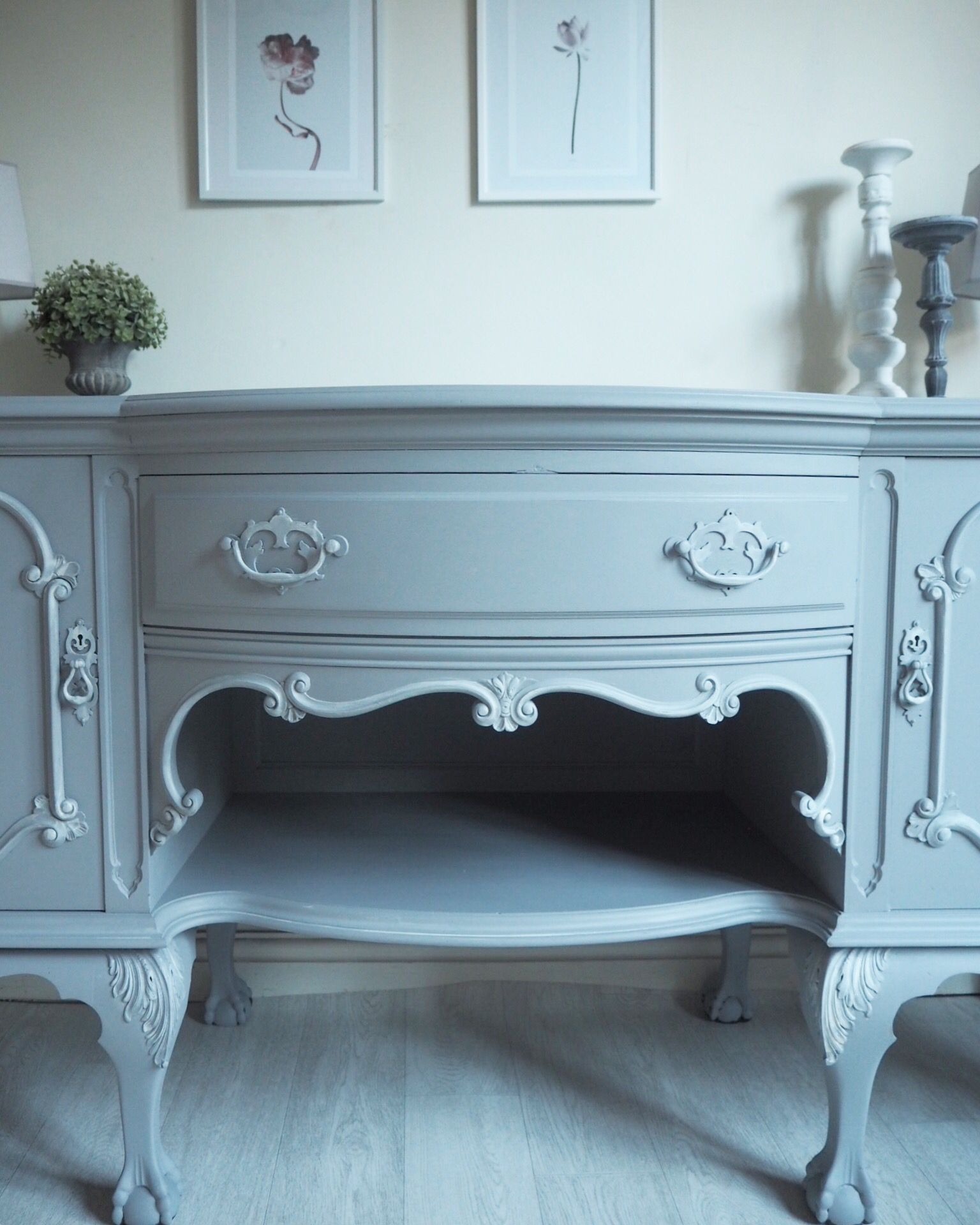 huge selection of 67deb 58617 Large French ornate sideboard painted in fusion mineral ...