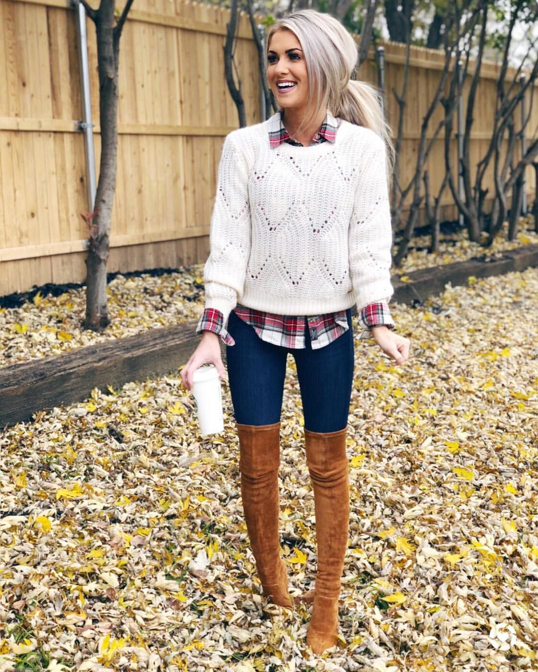 You guys.... the sales on the blog are SO GOOD!!! I've been adding things all day and there are things that are 80% off!! // This whole… #casualfalloutfits