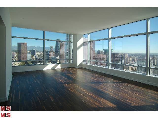 Ritz Carlton Residences L A Live Olympic And Figueroa Los Angeles Apartments City View Apartment Apartment View