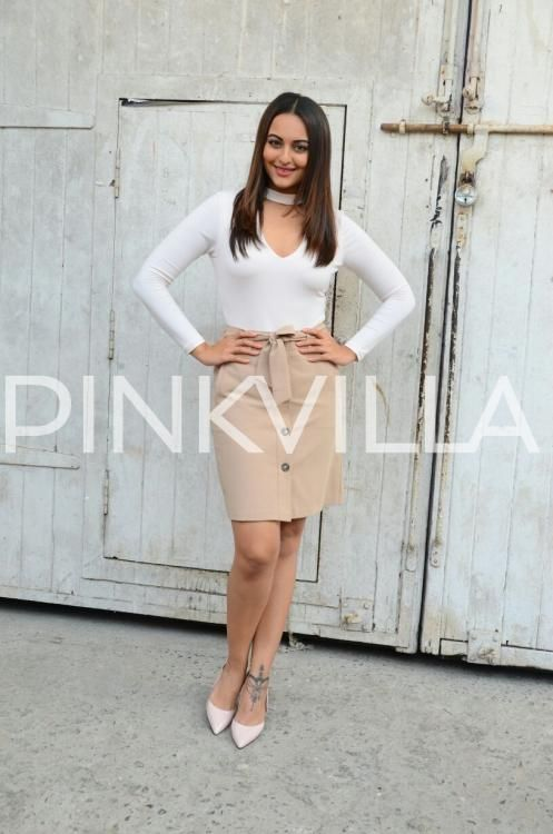 John, Sonakshi & Tahir promote Force 2 with full throttle in the city! | PINKVILLA