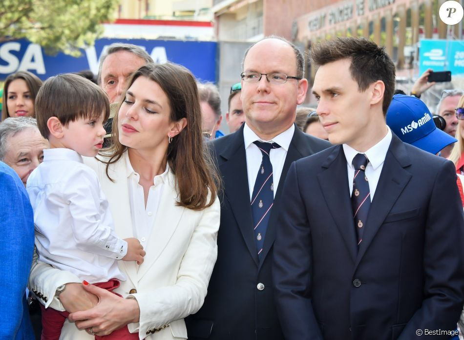 Epingle Sur Royalty Monaco Ii