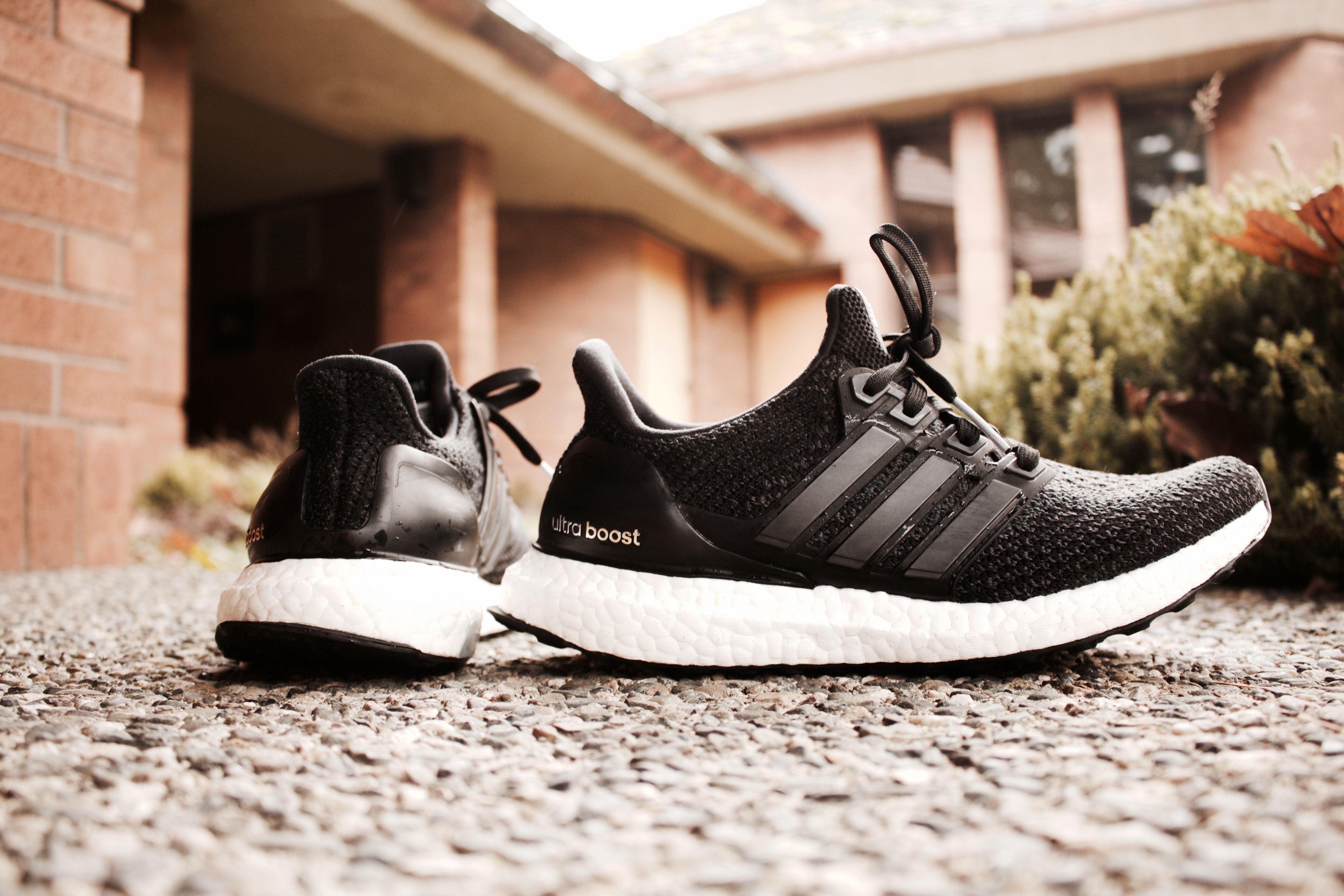 Womens Adidas Ultra Boost, Size 6, VNDS $180 | Adidas