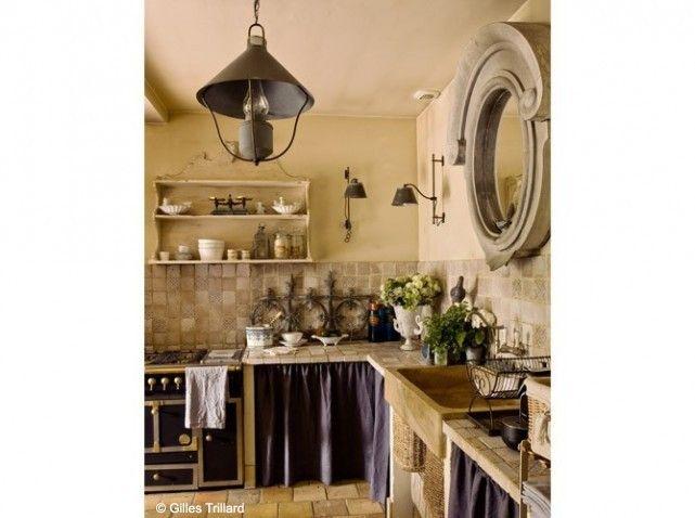 cette cuisine nous inspire d'entrée avec ses détails : appliques