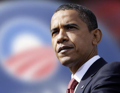 La administración Obama considerará a las parejas gay familias, en su política migratoria