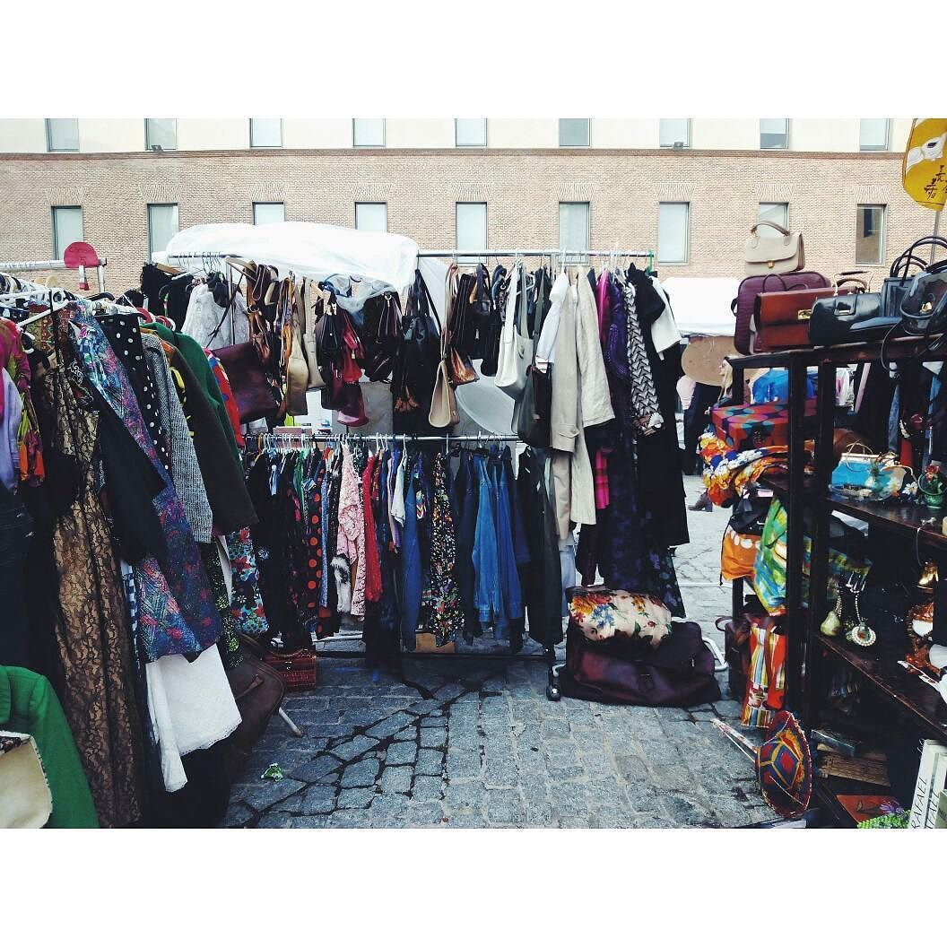 Esto siempre es un buen plan para el finde. #lostandfoundmarket #Madrid #condeduque by srta_irene
