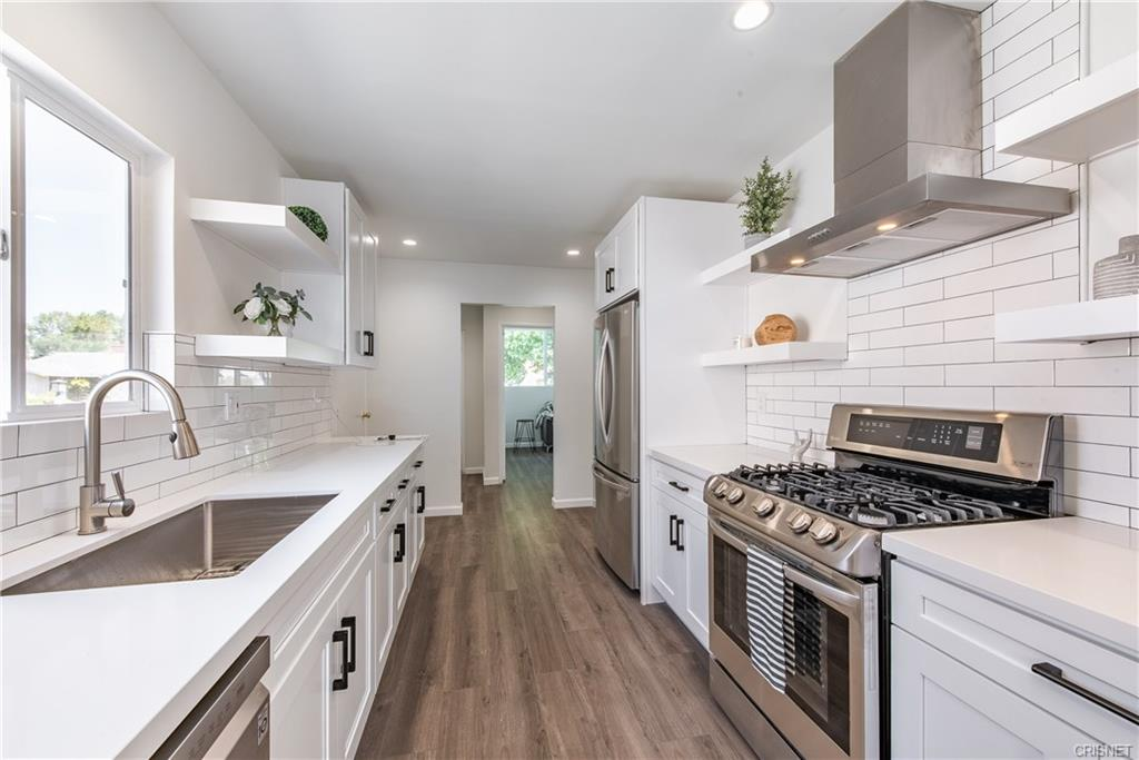 Matrix | Kitchen remodel, Kitchen, Kitchen cabinets