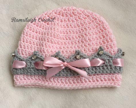 gehäkelte Prinzessin-Mütze mit Kronenrand … | handarbe…