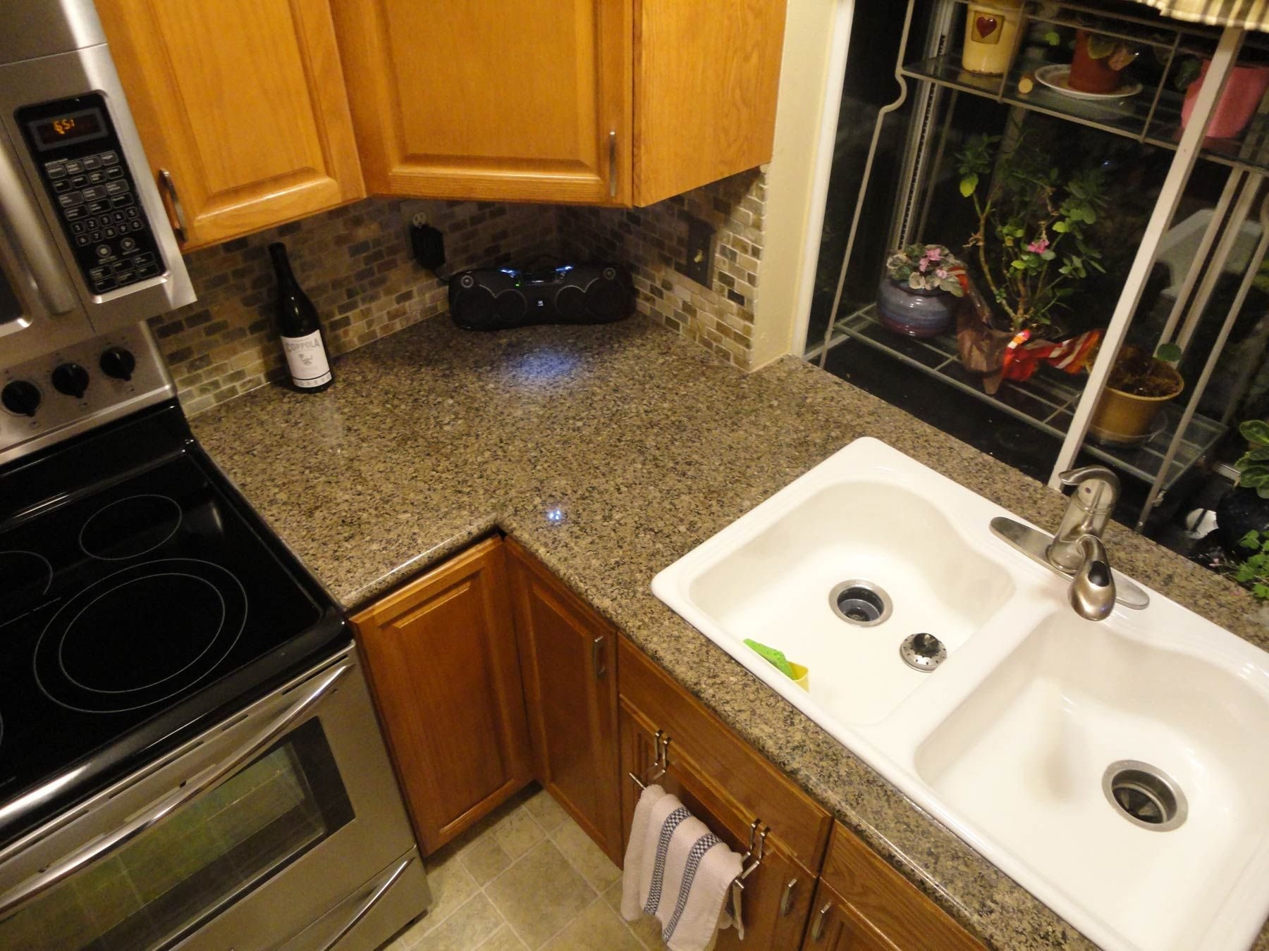 Granite Tile For Kitchen Countertops Kitchen Sink Area Finished With Lazy Granite Tiles And Bullnose