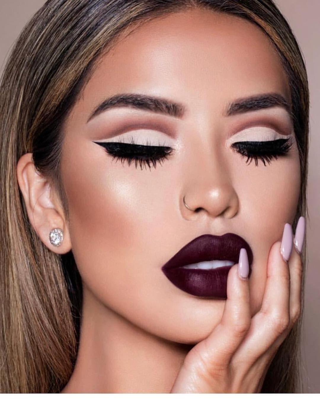 Glossy Lids Makeup Tutorial | Makeup tutorial, Glossy lids