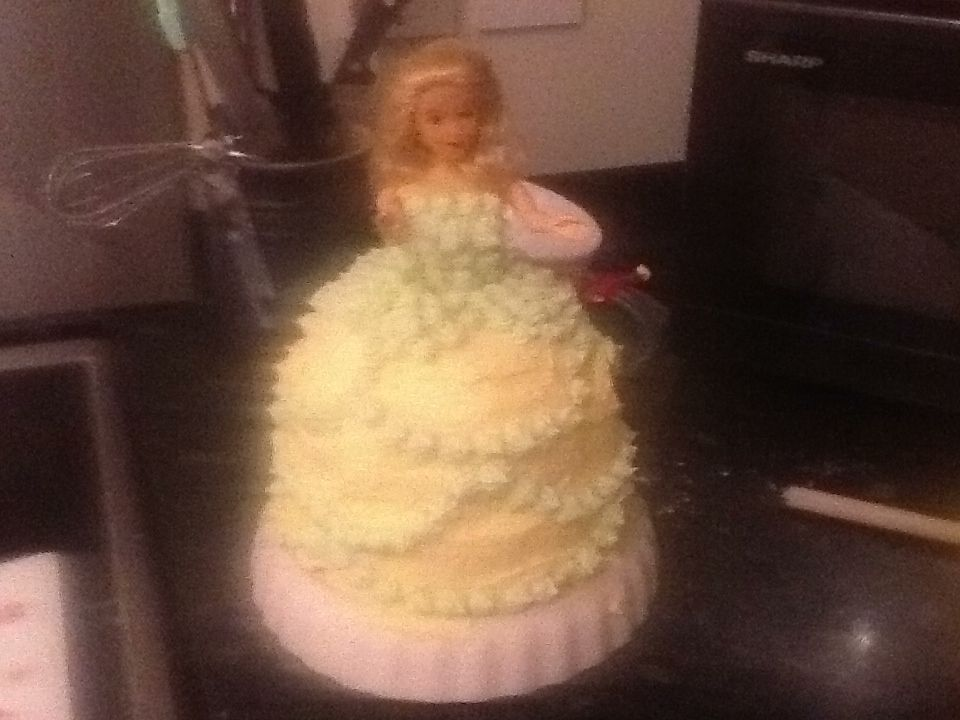 The cake...sort of Elsa