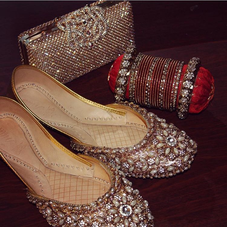 Bridal Shoes India: It's All About The Accessories #pakistaniweddings #bridal