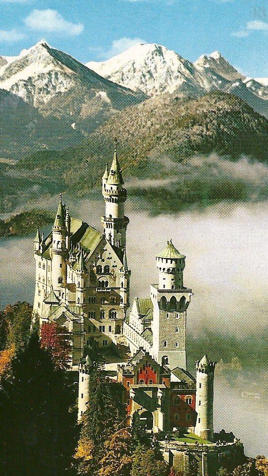 Schloss Neuschwanstein Home Away From Home For Ludwig Ii King Of Bavaria Kasteel Neuschwanstein Kastelen Vakanties