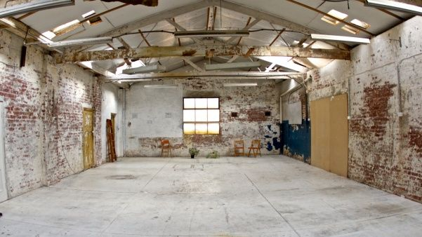 Warehouse Space To Lease By The Day In Carlton Available For Photo Shoots Film Clips Etc It S Approx 100m2 No Warehouse Design Photography Warehouse Venue