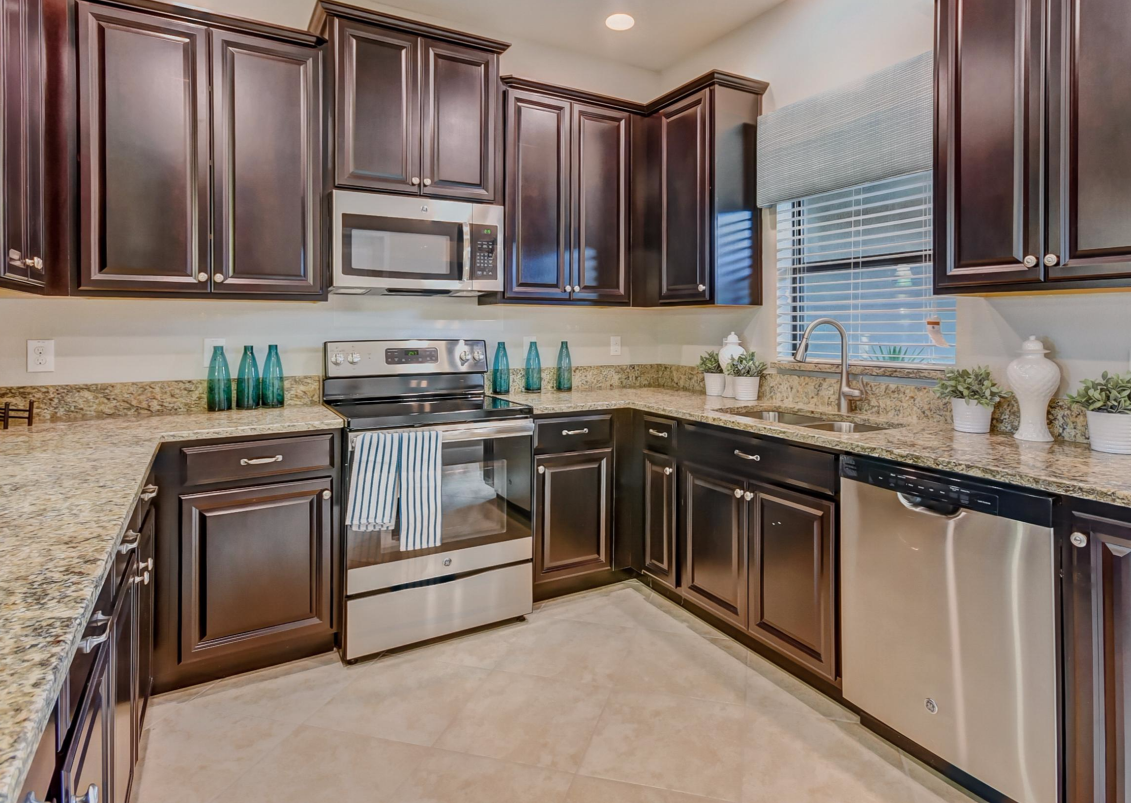 What to you LOVE about this kitchen our Cypress townhome ...