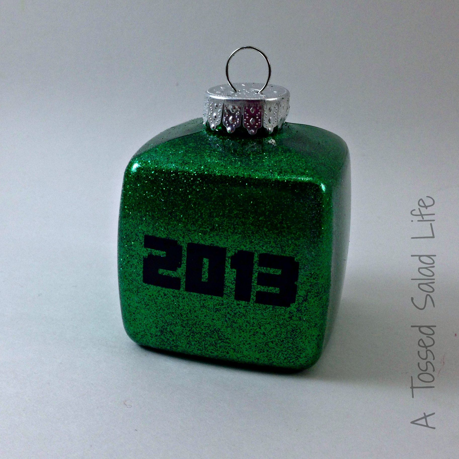Glitter And Vinyl Minecraft Ornament For Christmas Digital Clock Project My Mom Made That Ornmanets How To With Vlog Cut File