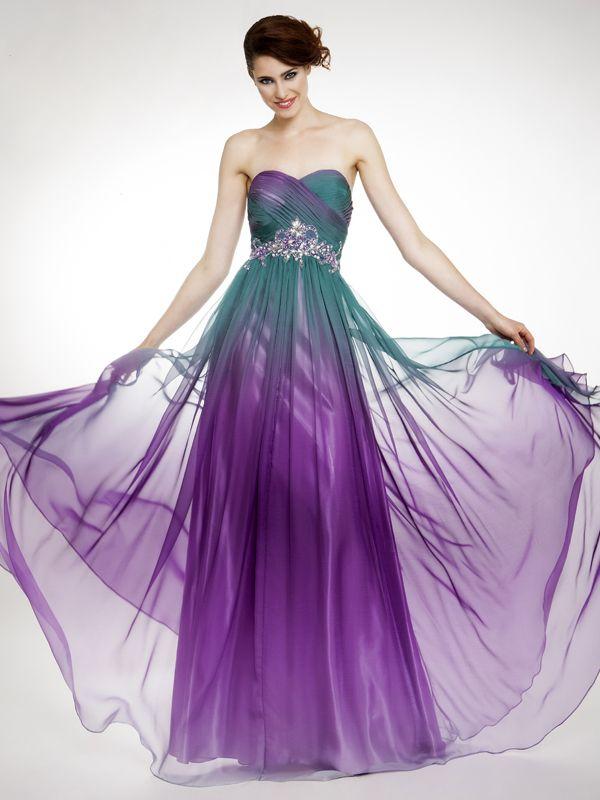 Precioso vestido estampado en tonos morados y verdes, muy alegre y ...