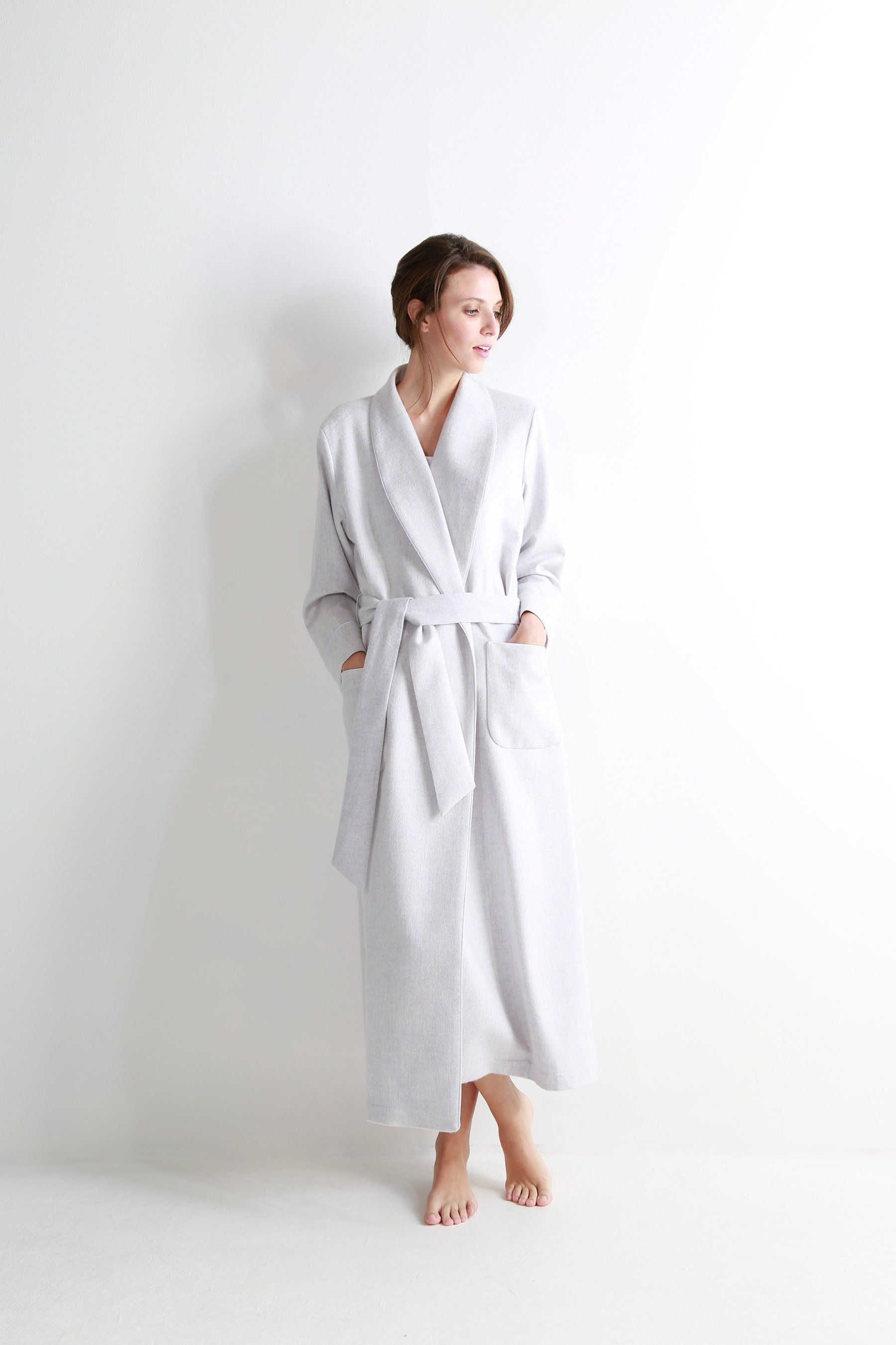 3029fdeab8 Light grey melange women s cashmere dressing gown with jacquard silk lining