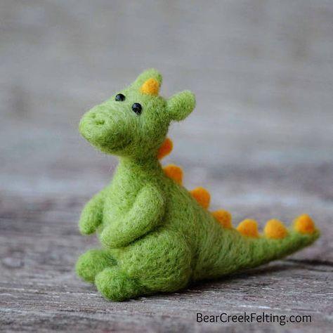 Dragon Felting Kit - Needle Felting Kit - DIY Kit - Craft Kit - Felting Supplies - DIY Craft Kit - Starter Kit - Needle Felted – Beginner #feltedwoolcrafts