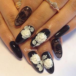 #nailswag #nailart #naildesign #nailartjunkie #instanails Edgy black nails  love this set!
