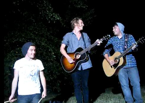 Jamie Campbell Bower & The Darling Buds in Hyde Park | Team-