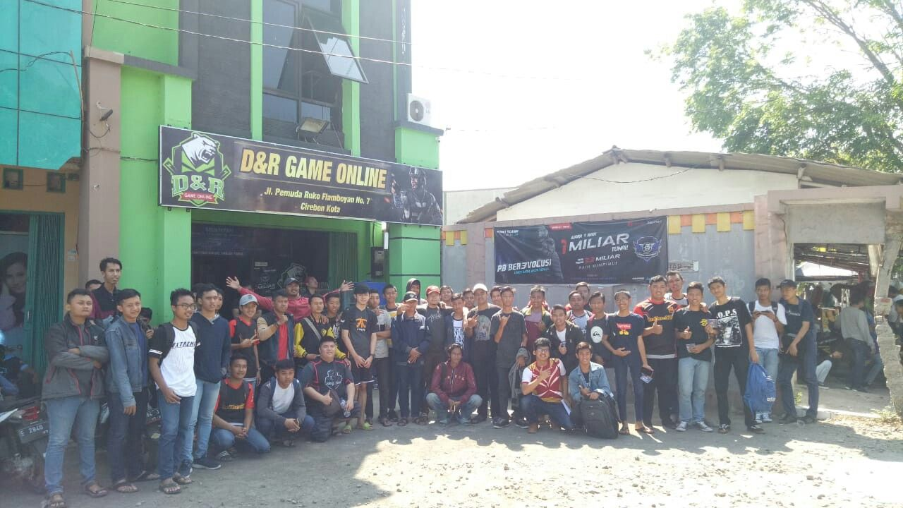 Warnet Game Online Game Centre Internet Cafe E Sports Cirebon
