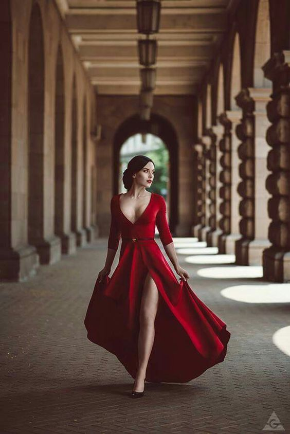 Pin by Lisa Lange on Gowns | Pinterest | Gowns, Pose and Photoshoot