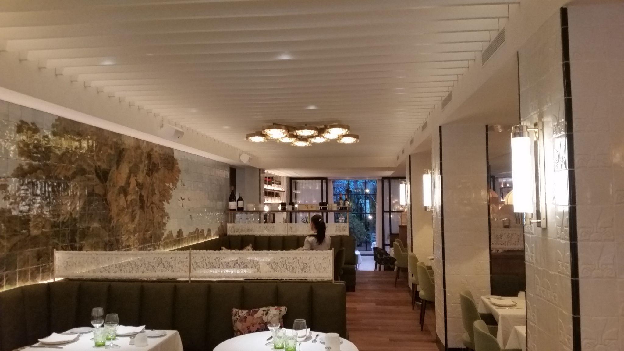 Iluminación para el restaurante l\'Olive. | Restaurantes | Pinterest