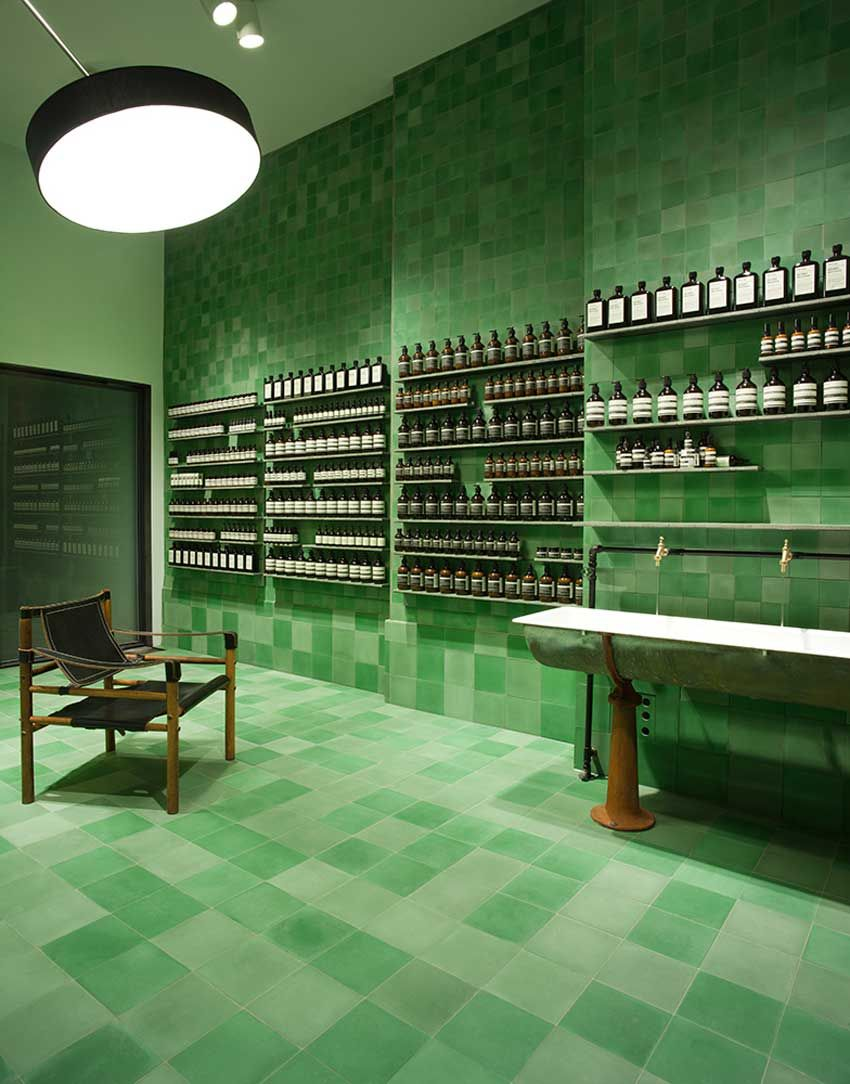 Store Exterieur Vertical Lyon Tour Of Aesop Stores Around The World 阳光劫匪 Aesop Store