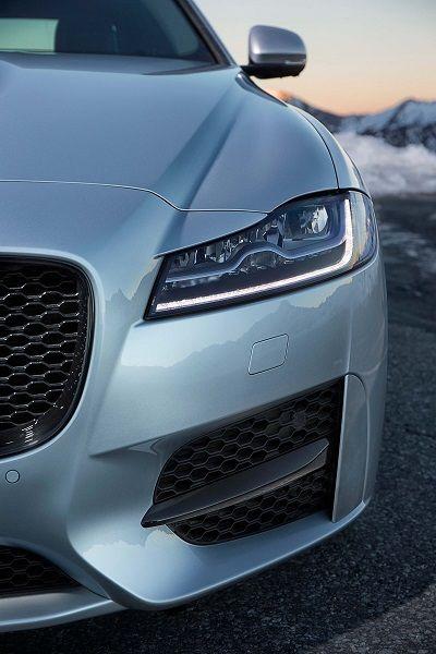 Jaguar Xf R Sport 20d Awd Voiture Des Voitures