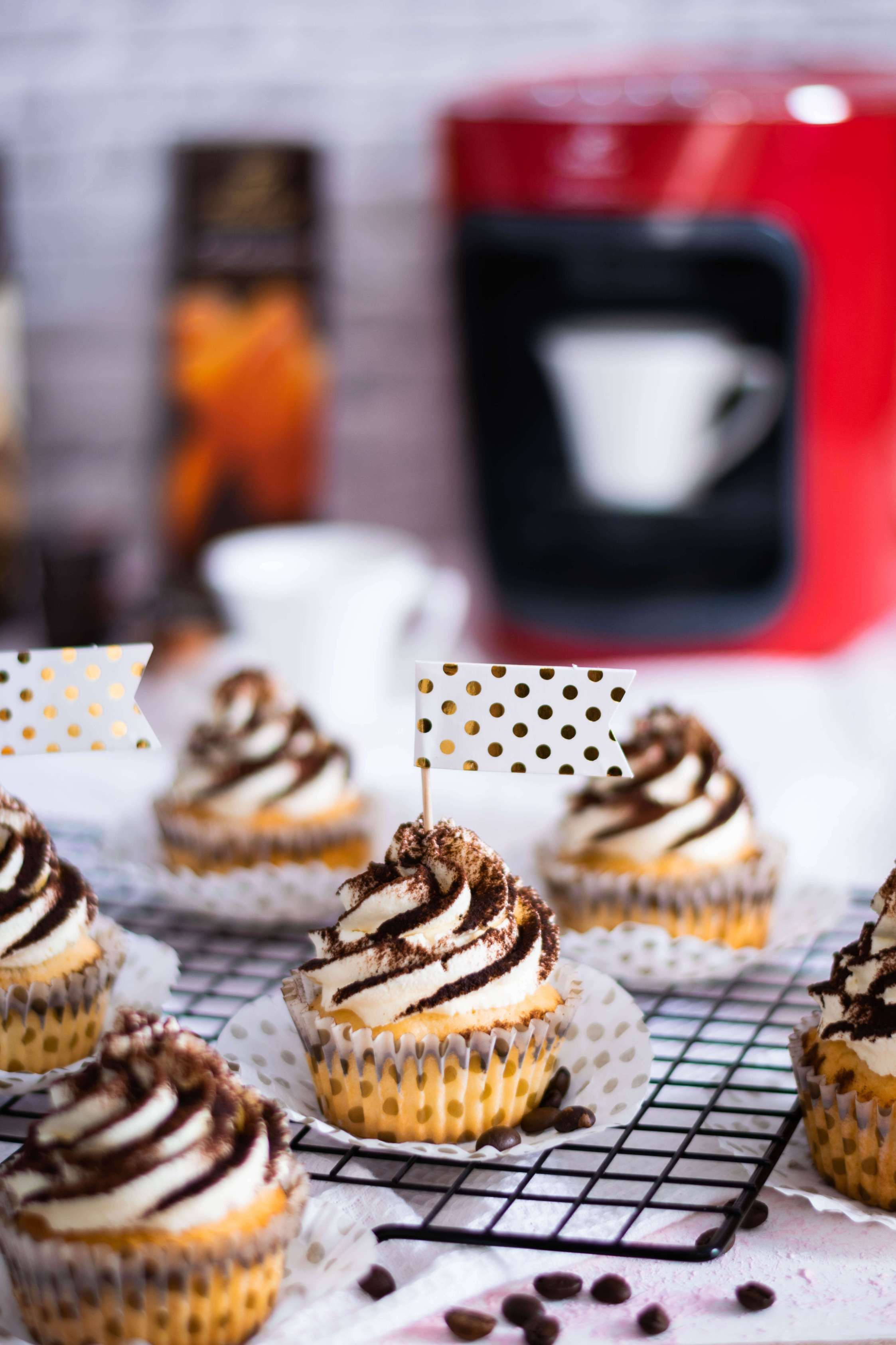 Photo of Tiramisu Cupcakes mit Vanille-Espresso Rezept | Mein Naschglück