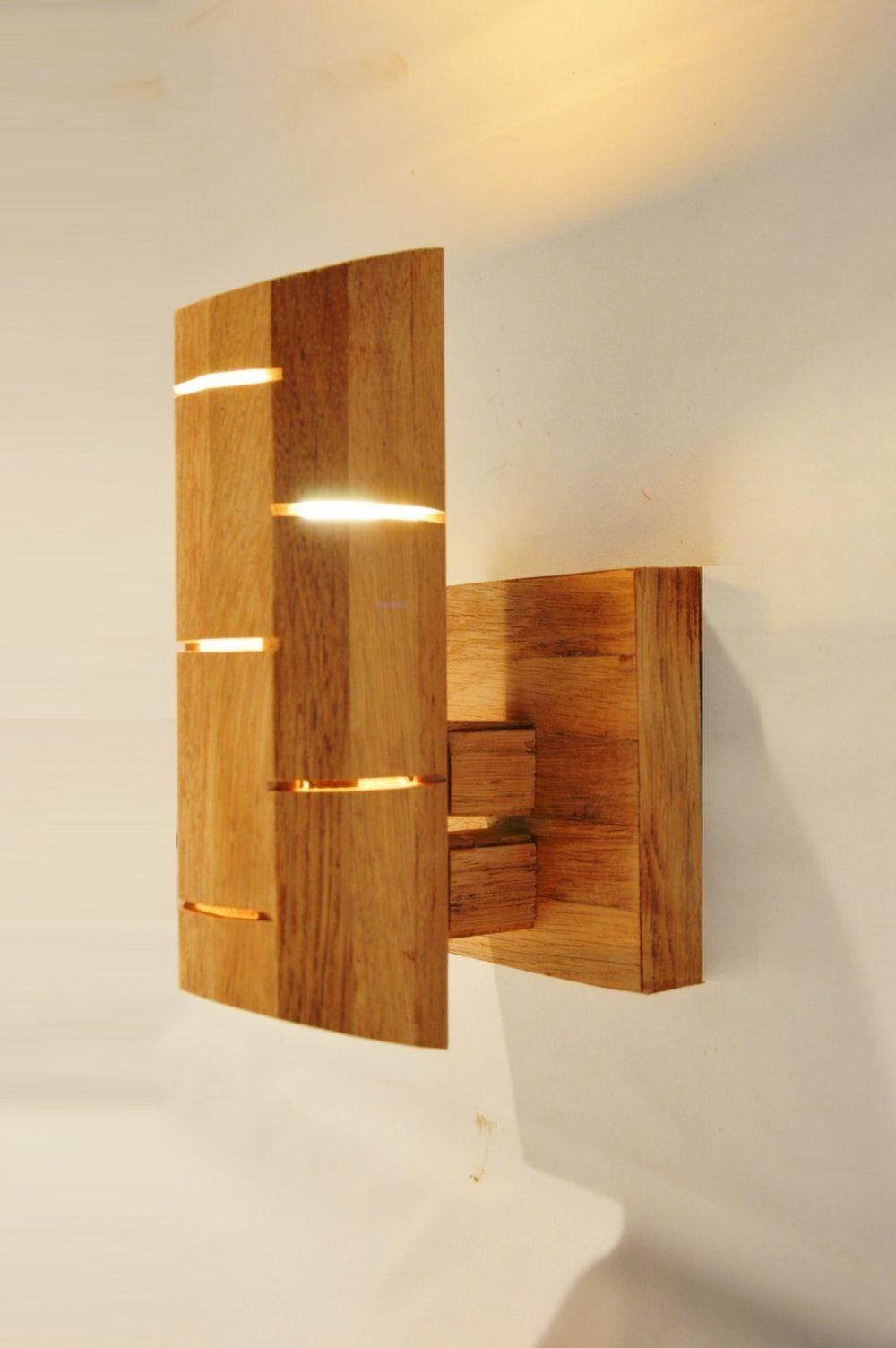 applique murale design en bois. en bois de chêne recyclé. connanvor