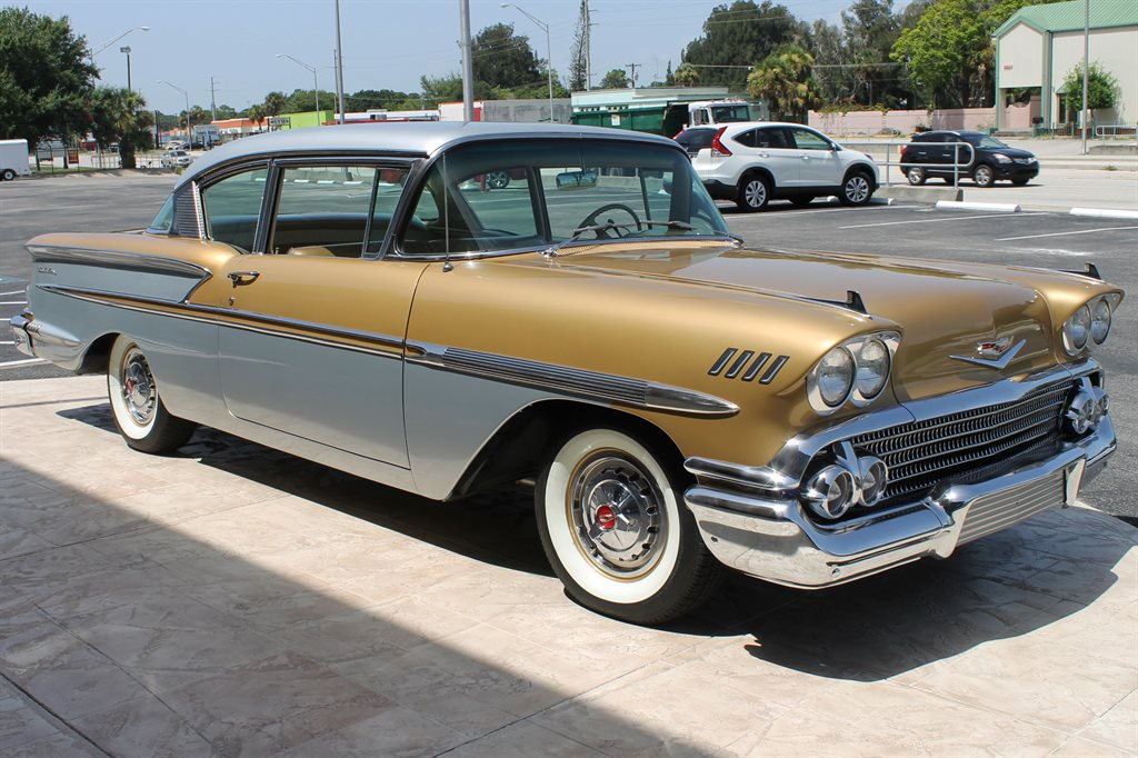 Gold And Silver Aniversary 1958 Chevrolet Belair Rare Cool