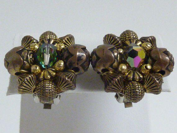 Vintage Cluster Earrings  Goldtone and Bronze by labaublesandbags, $12.00