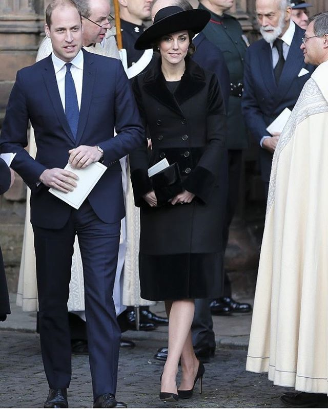 #TODAY #NEW 28 November 2016: The Duke and Duchess of Cambridge attend a somber memorial service for The Duke of Westminster at Chester Cathedral in Chester, England. #princewilliam #katemiddleton @cambridgewillandkate