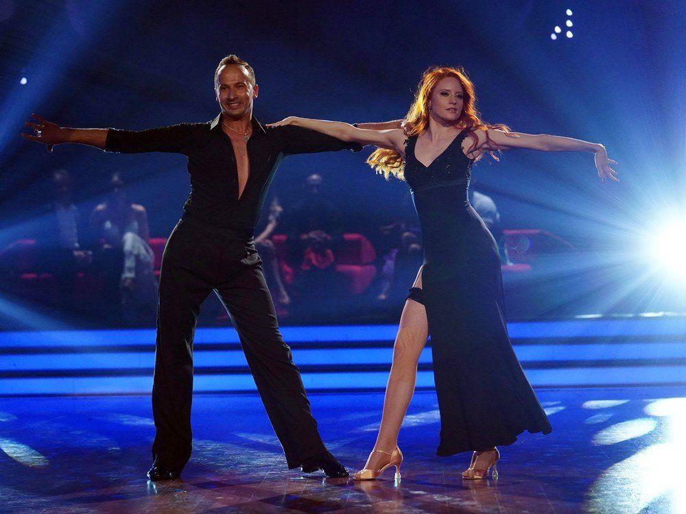 Ladt Barbara Meier Ihre Let S Dance Kollegen Zur Hochzeit Ein Barbara Meier Let S Dance Germanys Next Topmodel
