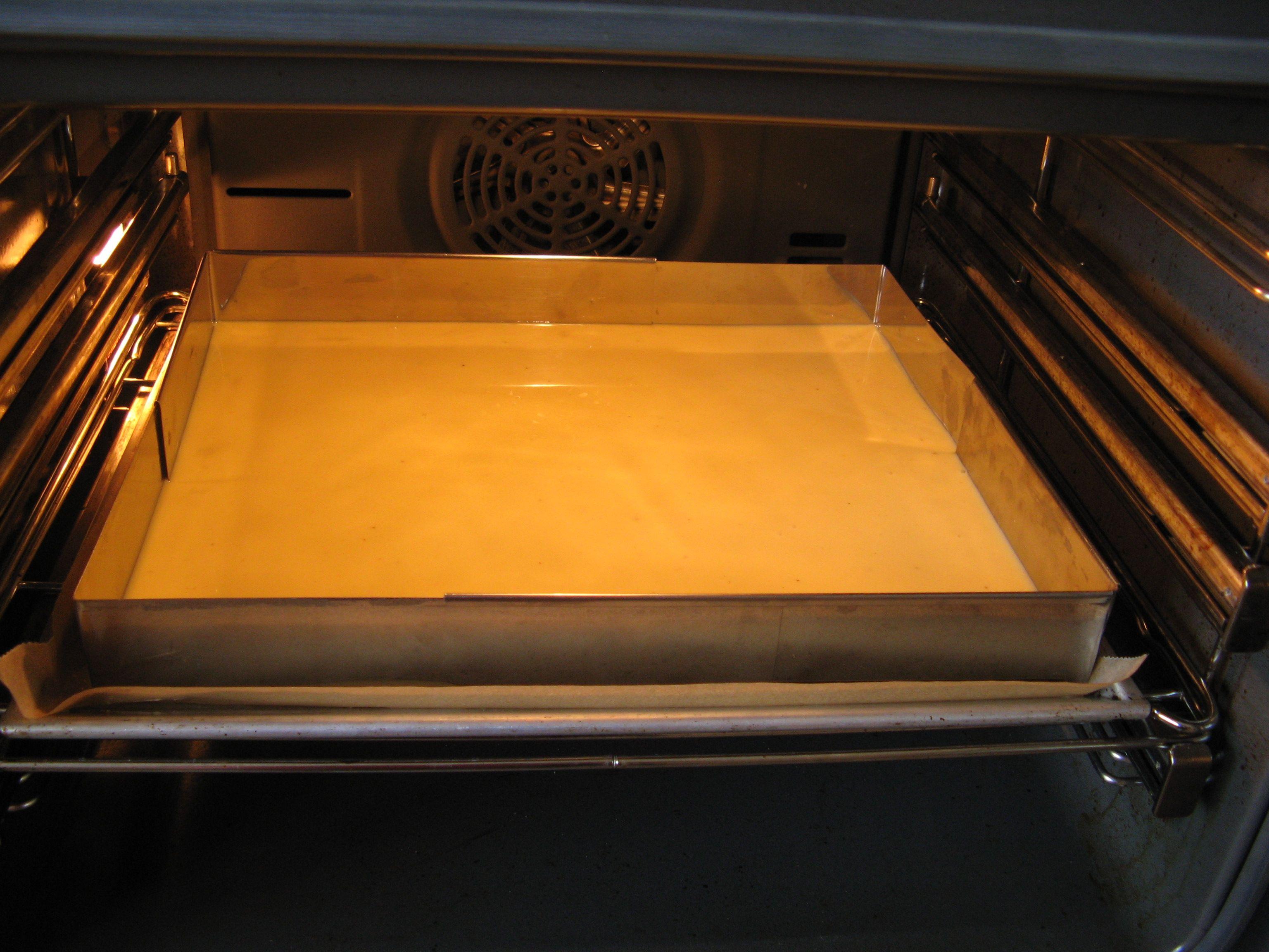 Rezept Fanta-Kuchen mit Pfirsich-Schmand auf dem Blech von HXENZAUBER - Rezept der Kategorie Backen süß