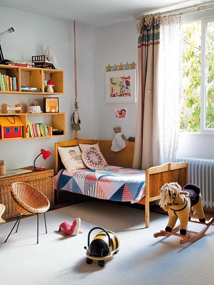 Inspiring children's rooms in 70's style