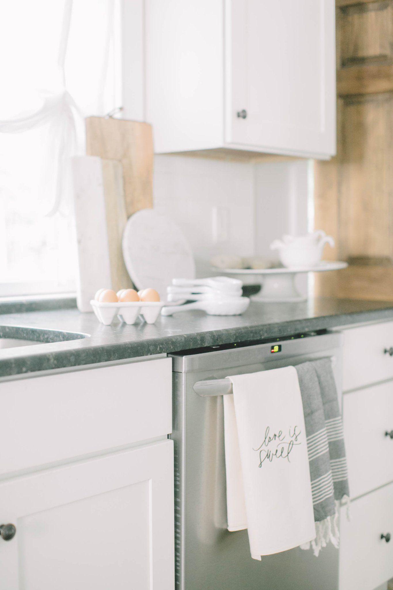 Kitchen Inspo by | Kitchen decor and Kitchens
