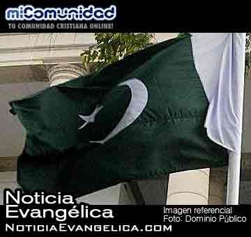 Turba musulmana quema vivos a esposos cristianos: Ella estaba embarazada