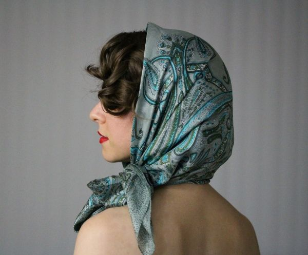 Thursday Thrill Vintage Hooded Scarf Tutorial With Images