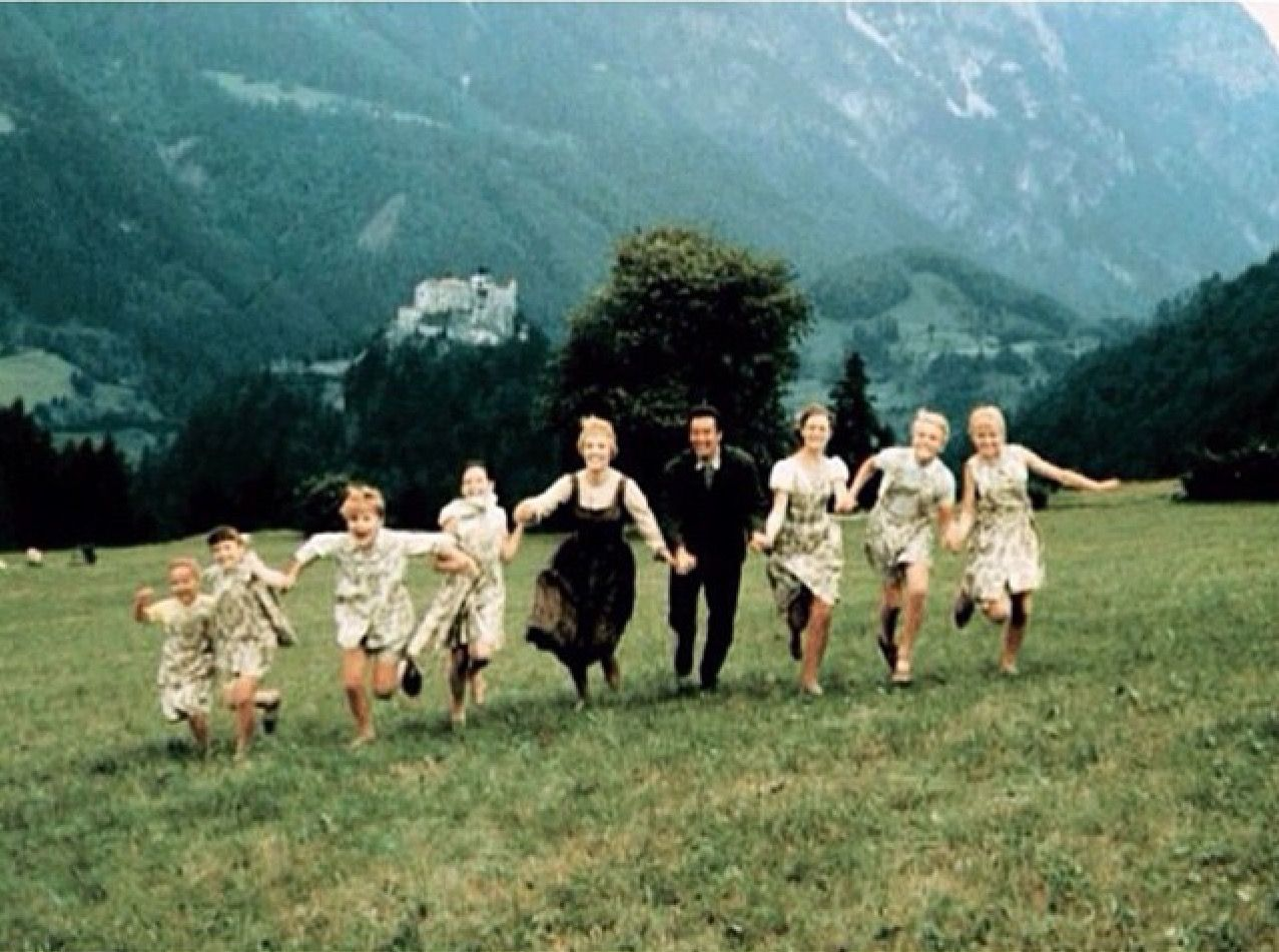 Pin By Solveig On My Favorite Things Sound Of Music Movie Sound Of Music Julie Andrews