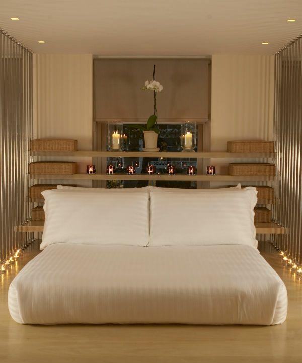 la t te de lit avec rangement un gain d 39 espace d co. Black Bedroom Furniture Sets. Home Design Ideas