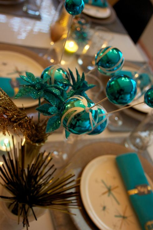 Modern sparkling table scape gold turquoise centerpiece