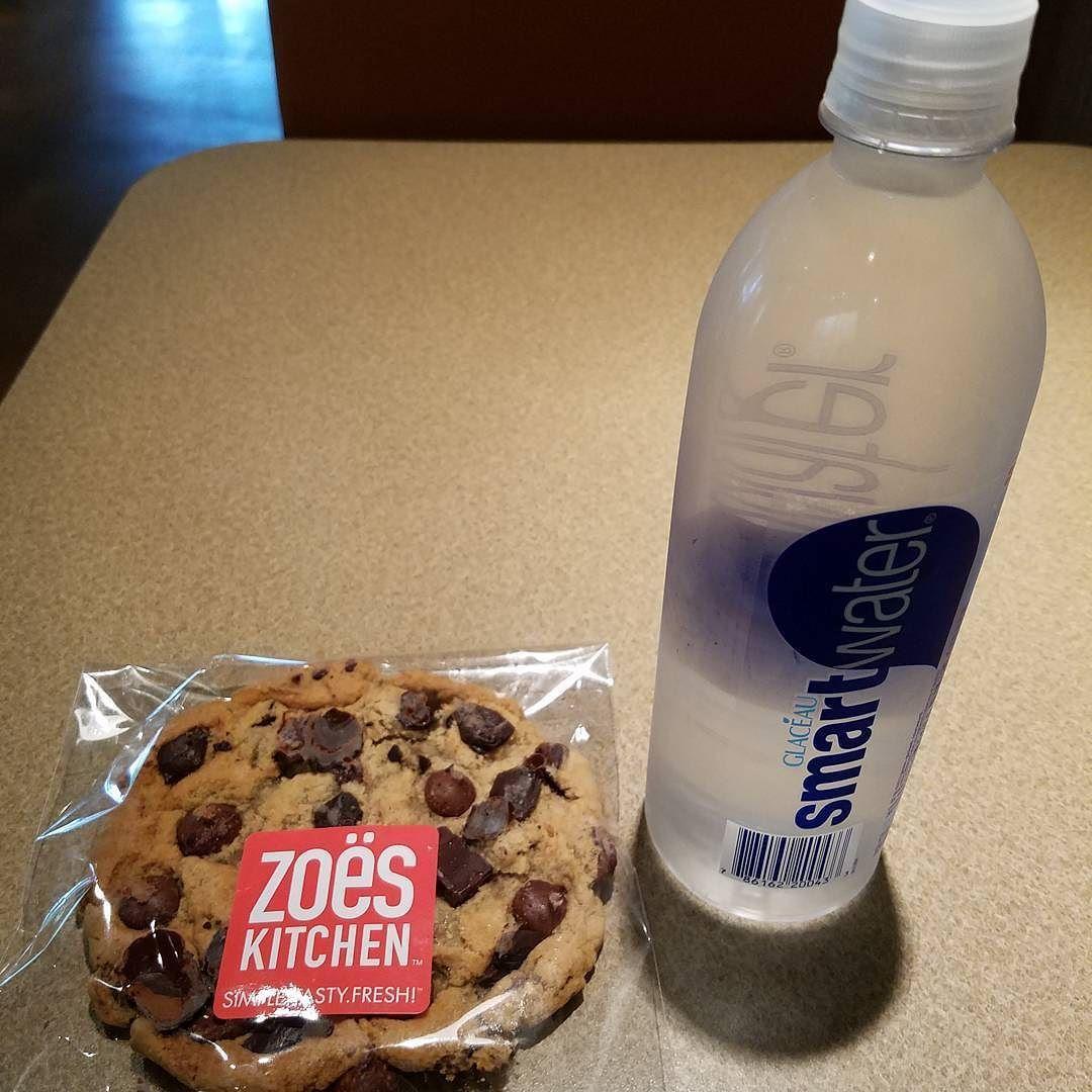 Yes Zoe S Is One Of My Favorites Lunch Grub Scrumdiddlyumptious Zoeskitchen By Henryjatx Ut Austin Zoes Kitchen Water Bottle Lunch