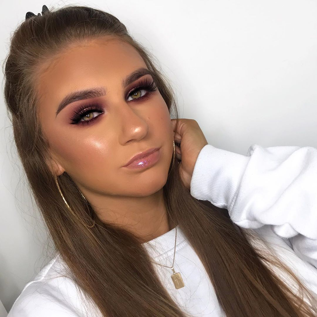 """Rebecca Capel Makeup on Instagram """"NEW YOUTUBE VIDEO! On"""