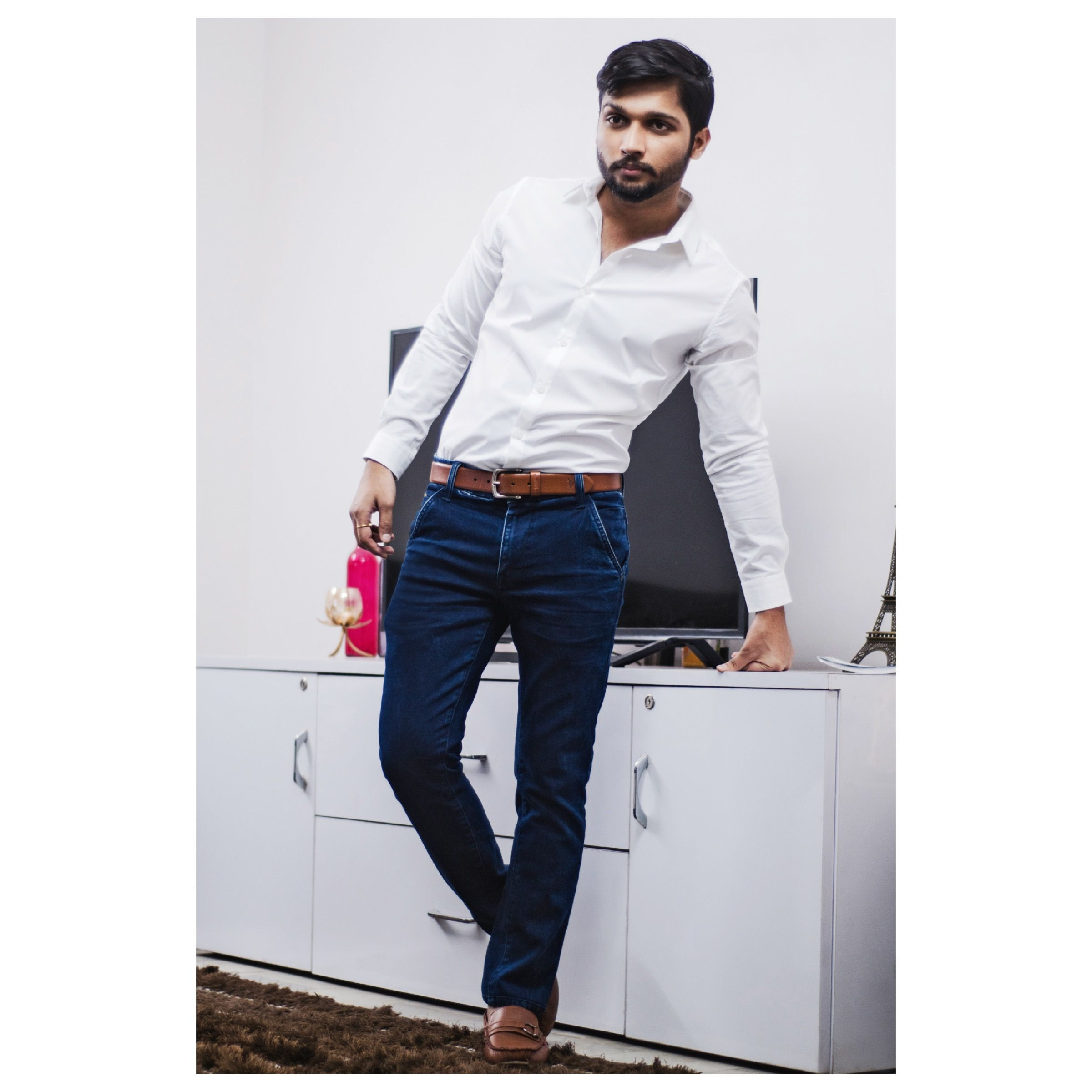 2440d6c700a9d White Shirt Blue Jeans Brown Loafers | Lixnet AG