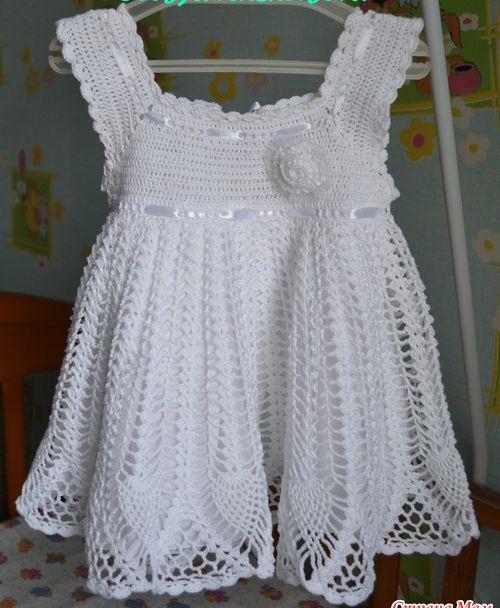 Guía de ganchillo: Impresionante vestido de bebé - patrón libre ...