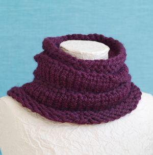 Loom Knit Ridged Cowl