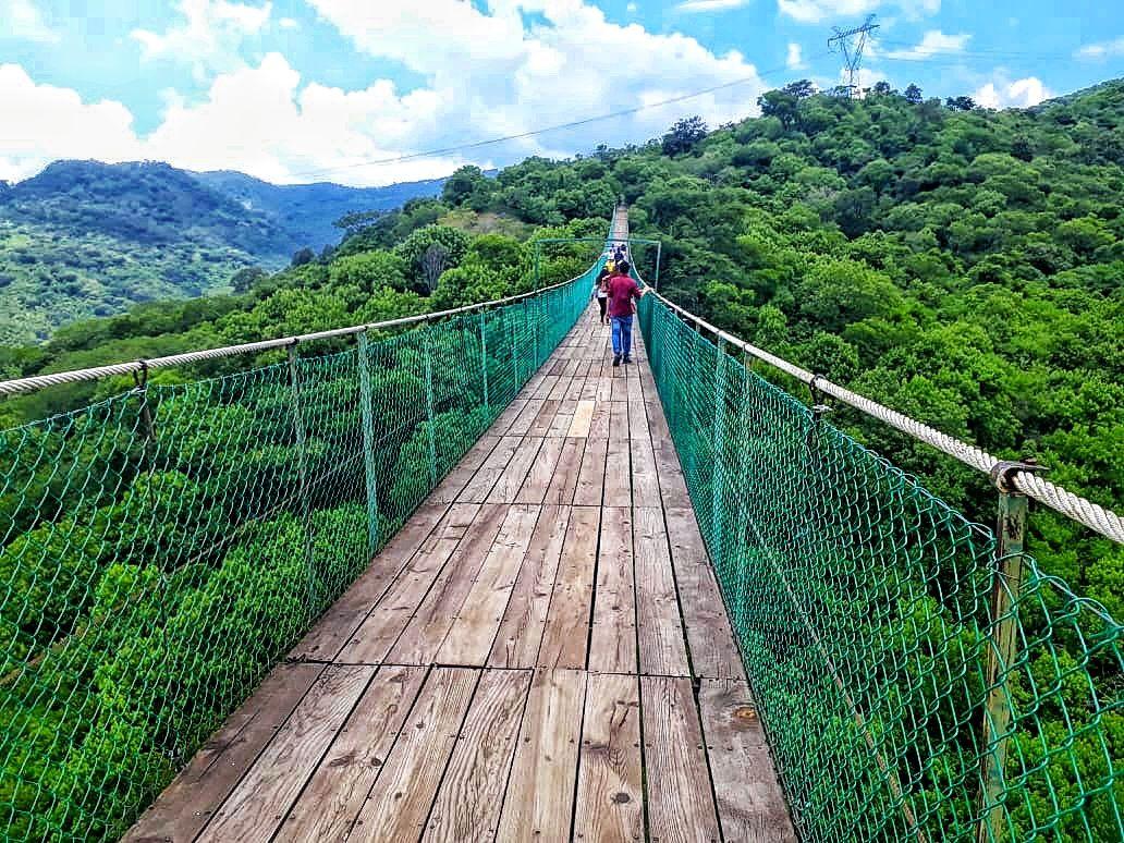 Puente Colgante En Mazamitla Jalisco Viaje Con Amigas Puentes Ciudad Mágica